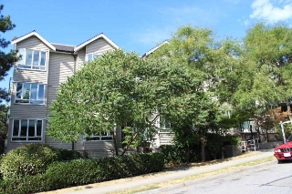 "Main Photo: 105 1823 E GEORGIA Street in Vancouver: Hastings Condo for sale in ""COMMERCIAL DR."" (Vancouver East)  : MLS® # R2198354"
