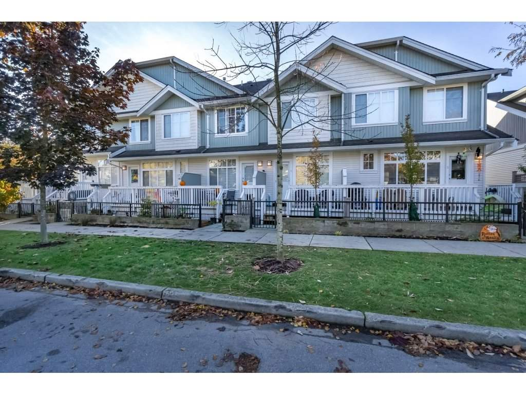 "Photo 2: Photos: 3 19480 66 Avenue in Surrey: Clayton Townhouse for sale in ""Two Blue 11"" (Cloverdale)  : MLS® # R2216156"