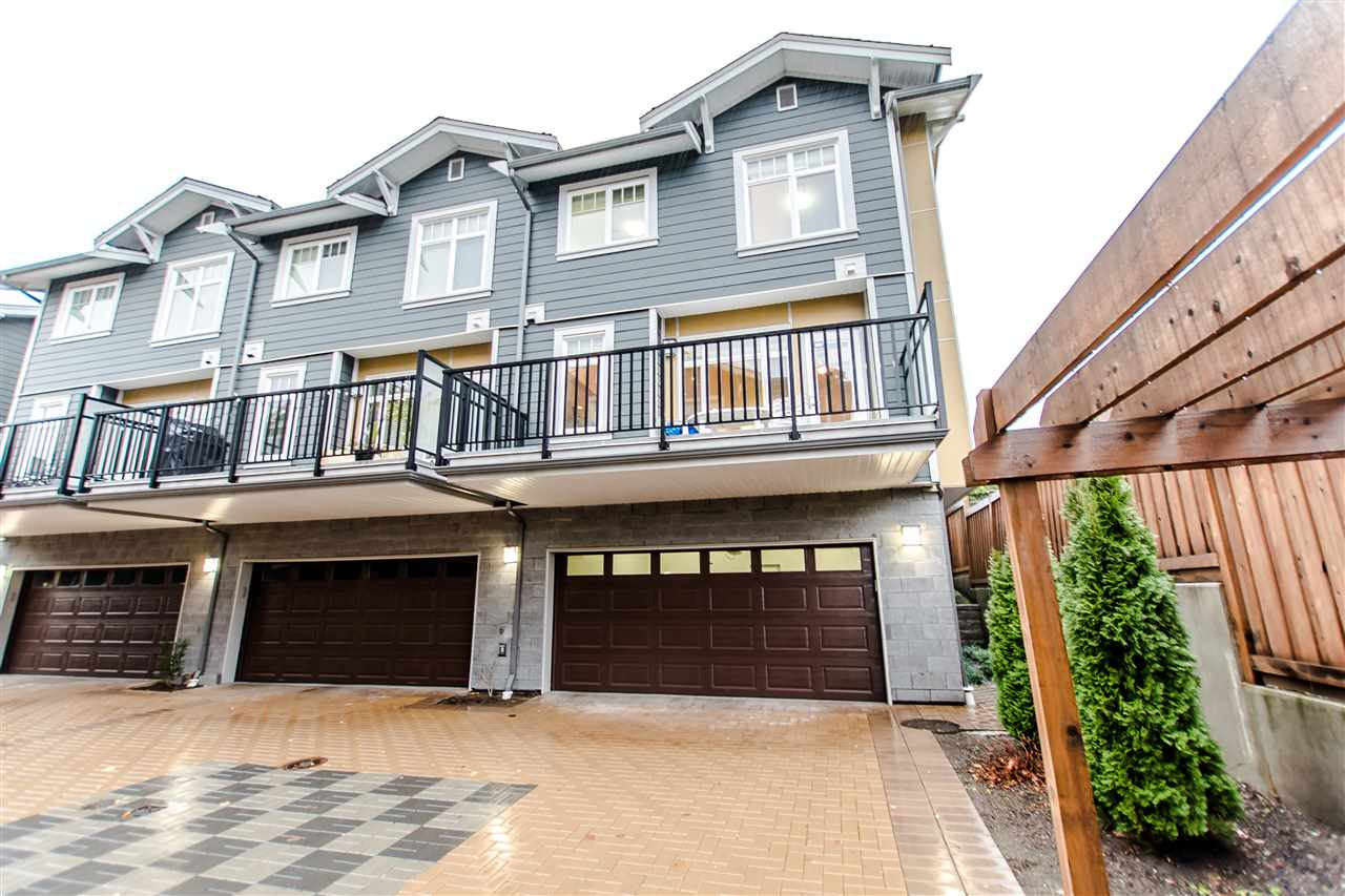 "Main Photo: 110 801 RODERICK Avenue in Coquitlam: Coquitlam West Townhouse for sale in ""THE VILLAGE"" : MLS® # R2225420"