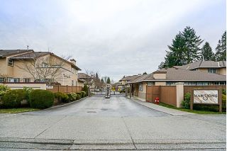 "Main Photo: 116 14861 98 Avenue in Surrey: Guildford Townhouse for sale in ""THE MANSIONS"" (North Surrey)  : MLS® # R2247790"