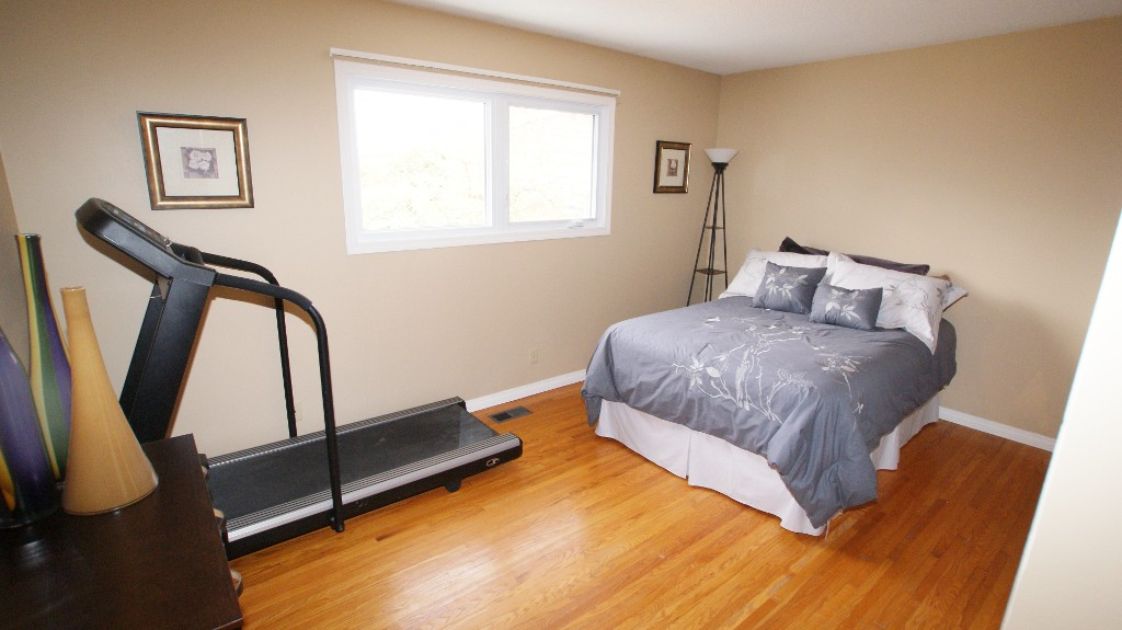 Photo 9: 31 Bayview Drive in Winnipeg: Transcona Residential for sale (North East Winnipeg)  : MLS® # 1221452