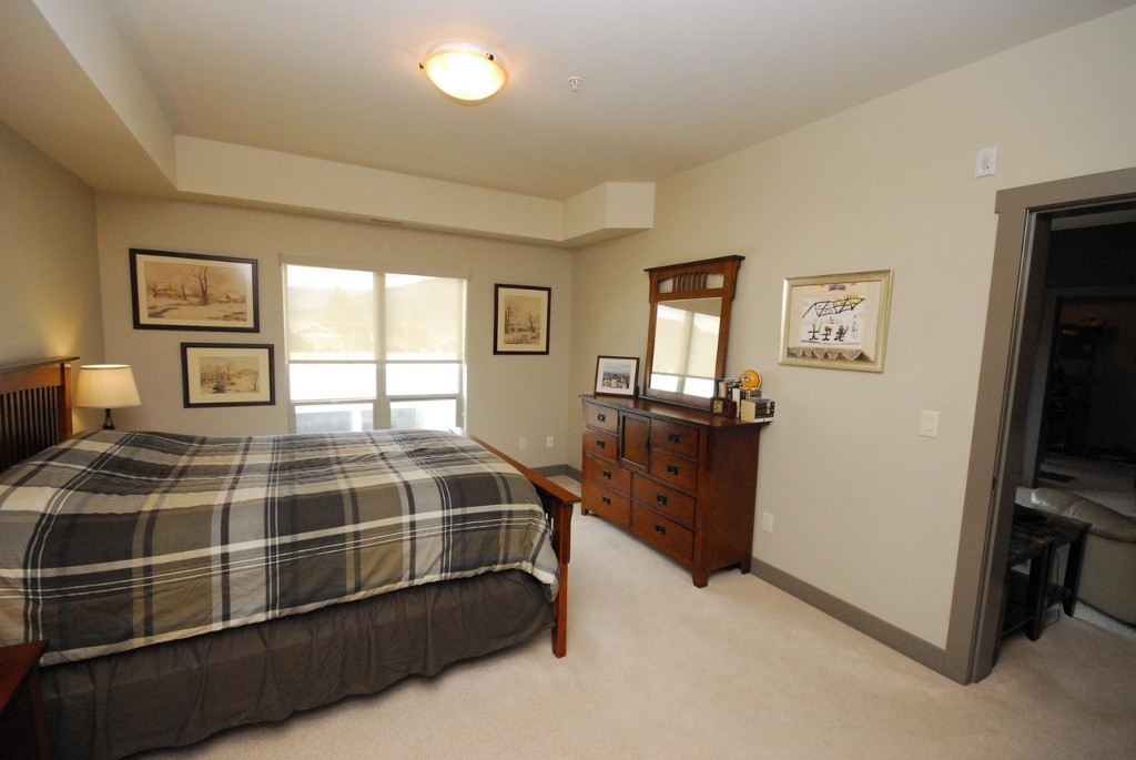 Photo 5: 203 873 Forestbrook Drive in Penticton: Main North Multifamily for sale : MLS(r) # 142499