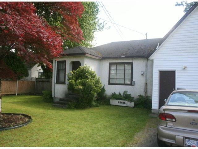 Main Photo: 45408 WELLINGTON Avenue in Chilliwack: House for sale : MLS®# H1304300
