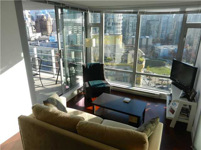 "Photo 5: 1806 1255 SEYMOUR Street in Vancouver: Downtown VW Condo for sale in ""ELAN"" (Vancouver West)  : MLS® # V1056105"