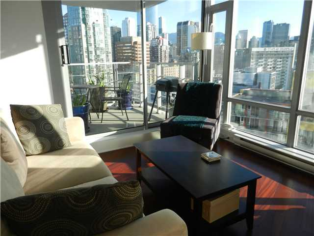 "Main Photo: 1806 1255 SEYMOUR Street in Vancouver: Downtown VW Condo for sale in ""ELAN"" (Vancouver West)  : MLS® # V1056105"