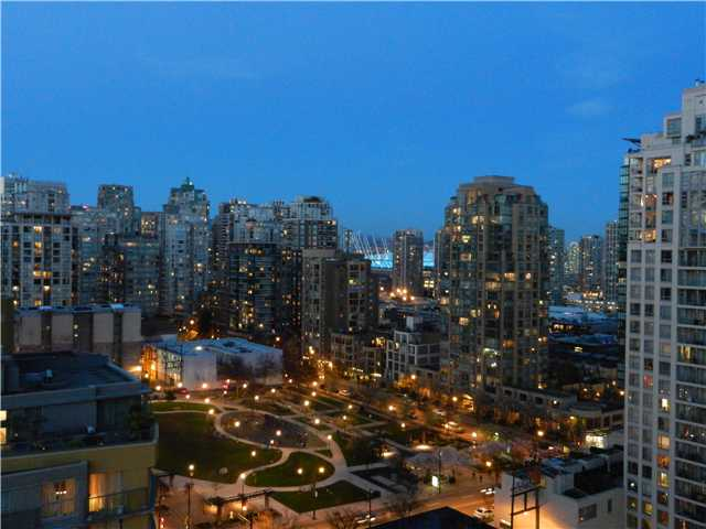 "Photo 9: 1806 1255 SEYMOUR Street in Vancouver: Downtown VW Condo for sale in ""ELAN"" (Vancouver West)  : MLS® # V1056105"