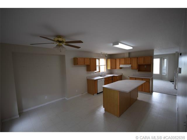 Photo 5: 5126 Norfolk Avenue in Coronation: PE Coronation Residential for sale (Paintearth County)  : MLS® # CA0062698