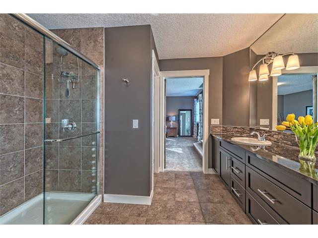 Photo 33: 12 ROCKFORD Terrace NW in Calgary: Rocky Ridge House for sale : MLS® # C4050751