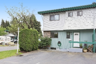 "Main Photo: 49 10836 152ND Street in Surrey: Bolivar Heights Townhouse for sale in ""Woodbridge Estates"" (North Surrey)  : MLS(r) # R2074118"