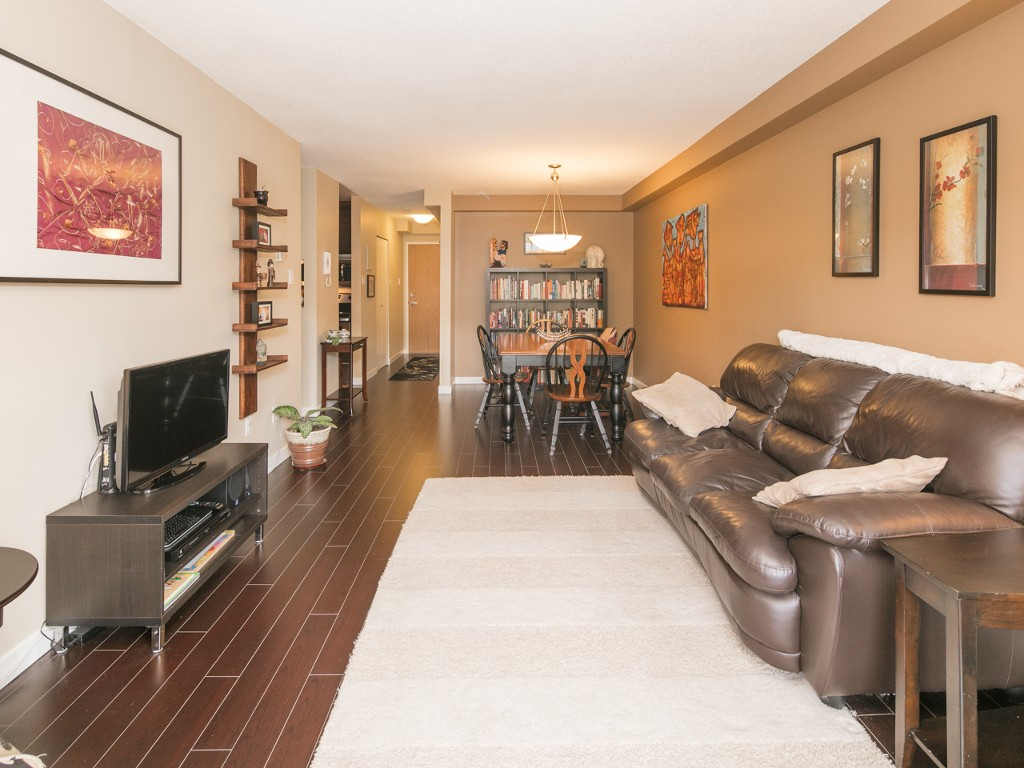 "Photo 2: 201 288 E 14TH Avenue in Vancouver: Mount Pleasant VE Condo for sale in ""Villa Sophia"" (Vancouver East)  : MLS(r) # R2086835"