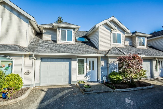 "Main Photo: 13 19274 FORD Road in Pitt Meadows: Central Meadows Townhouse for sale in ""Monterra South"" : MLS® # R2114139"