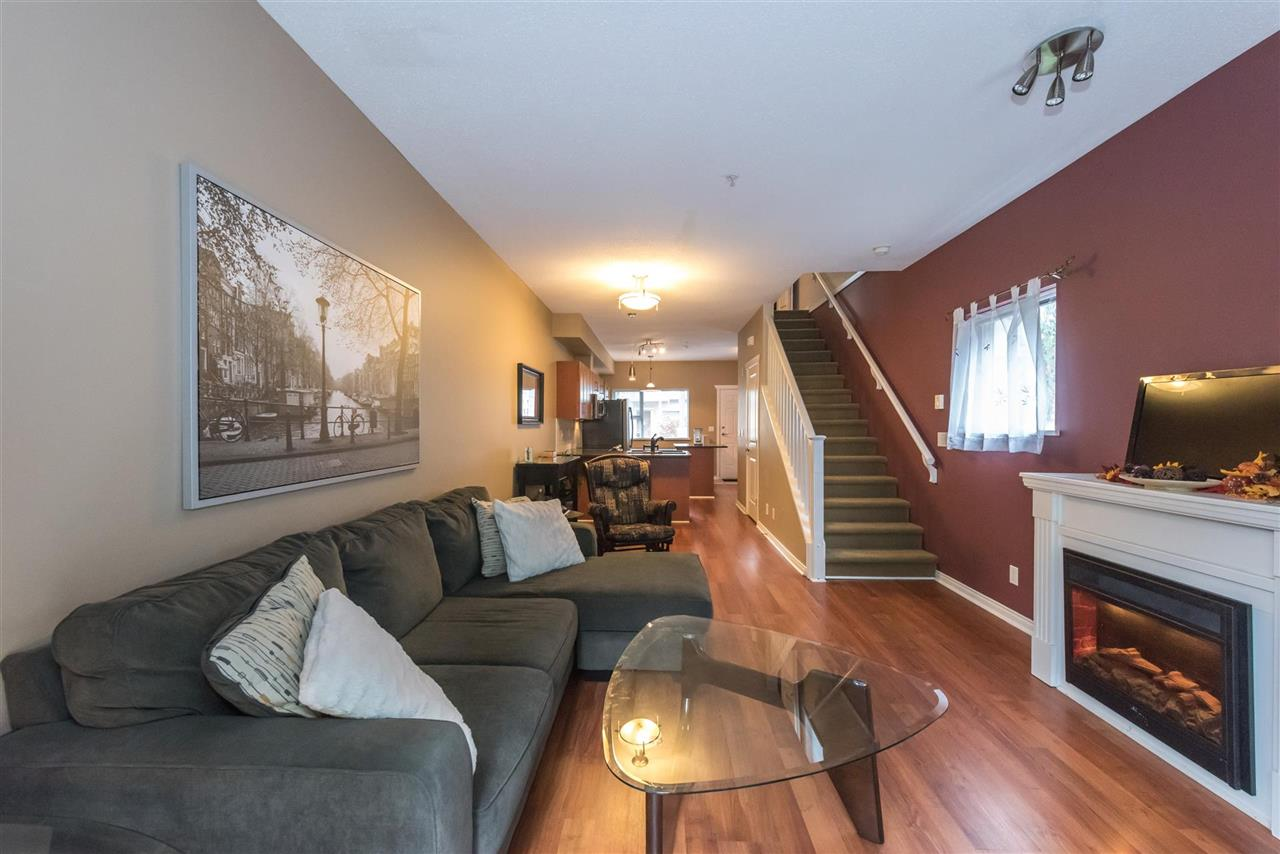 "Photo 6: 11 730 FARROW Street in Coquitlam: Coquitlam West Townhouse for sale in ""FARROW RIDGE"" : MLS(r) # R2120416"