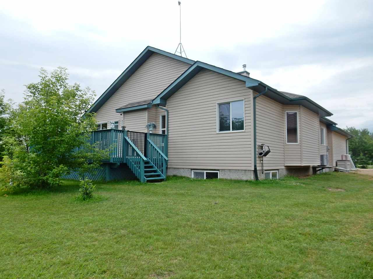 Photo 26: 4 Lost Point Lake Drive: Rural Sturgeon County House for sale : MLS(r) # E4049296