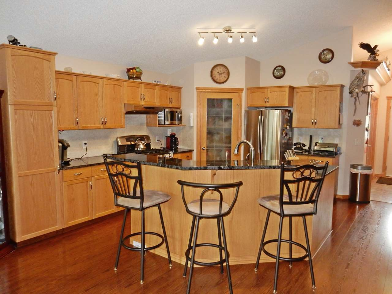 Photo 9: 4 Lost Point Lake Drive: Rural Sturgeon County House for sale : MLS(r) # E4049296