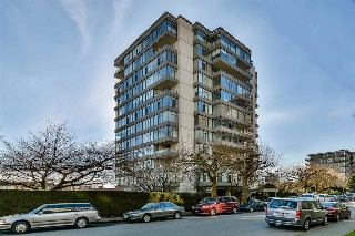 "Main Photo: 802 1480 DUCHESS Avenue in West Vancouver: Ambleside Condo for sale in ""Westerlies"" : MLS® # R2140137"