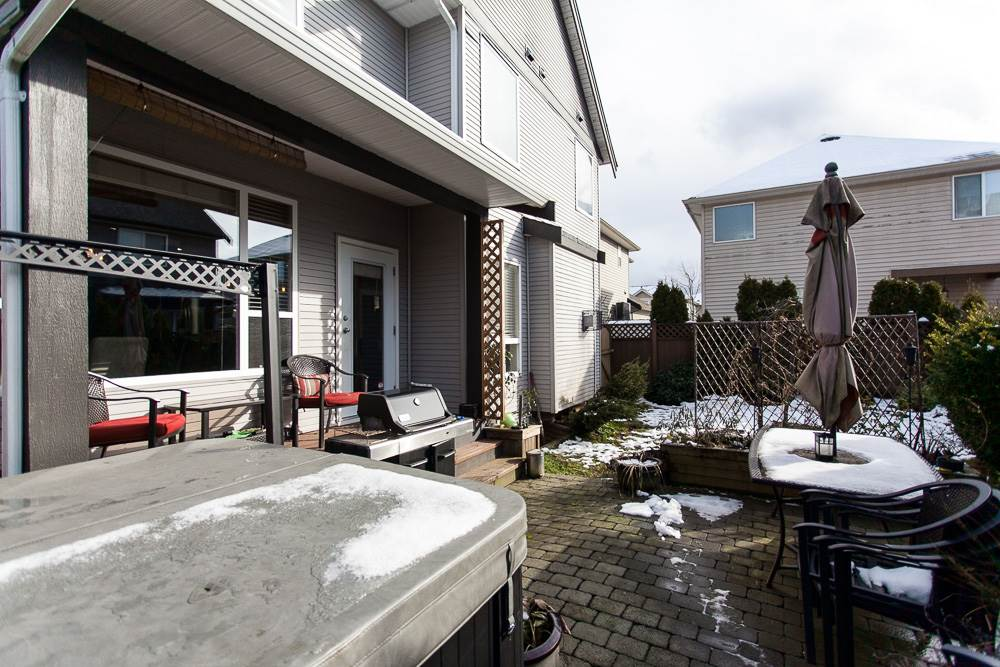 Photo 18: 7343 196A Street in Langley: Willoughby Heights House for sale : MLS(r) # R2144878