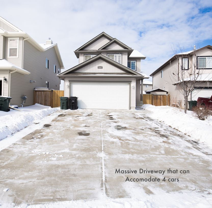 Main Photo: 132 Greystone Crescent: Spruce Grove House for sale : MLS(r) # E4055047