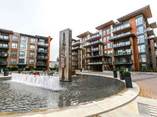 "Main Photo: 411 719 W 3RD Street in North Vancouver: Hamilton Condo for sale in ""THE SHORE"" : MLS(r) # R2148310"