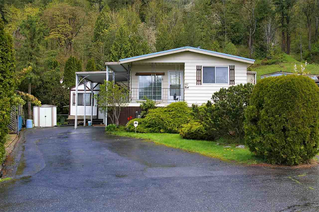 "Main Photo: 87 46511 CHILLIWACK LAKE Road in Sardis - Chwk River Valley: Chilliwack River Valley Manufactured Home for sale in ""Baker Trail Estates"" (Sardis)  : MLS® # R2160647"