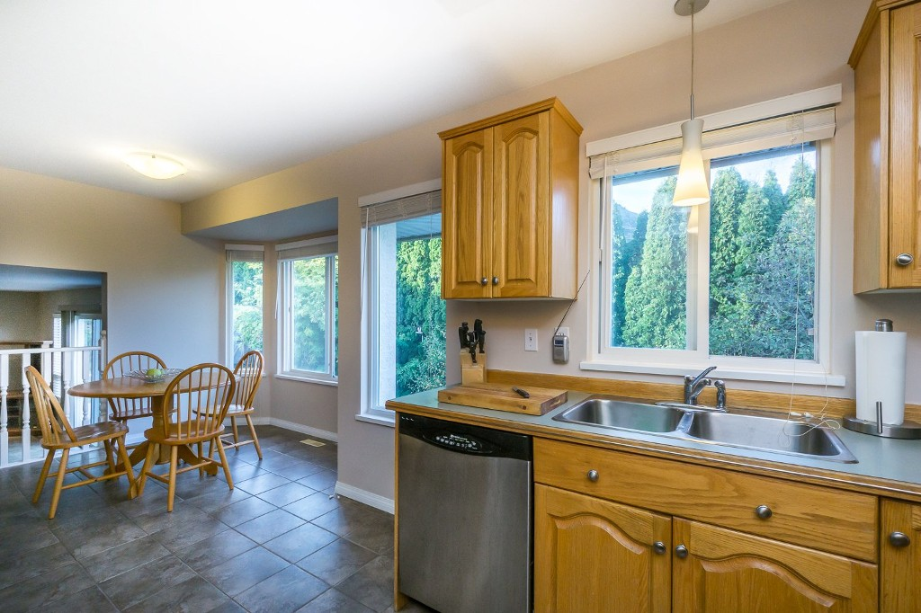 "Photo 18: 36257 COUNTRY Place in Abbotsford: Abbotsford East House for sale in ""Country Place Estates-Lower Sumas Mtn"" : MLS(r) # R2167770"