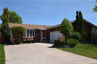 Main Photo: 96 Farlinger Bay in Winnipeg: Parkway Village Residential for sale (4F)  : MLS(r) # 1714137