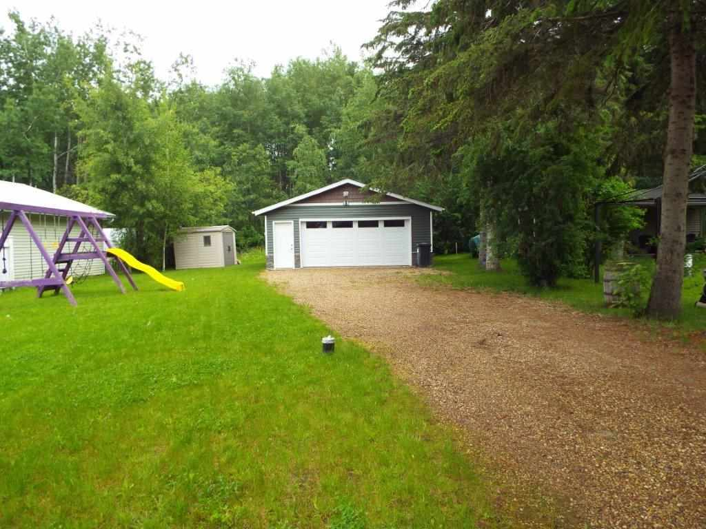Main Photo: B9 Johnsonia Summer Village of Golden Days: Rural Leduc County House for sale : MLS® # E4068742
