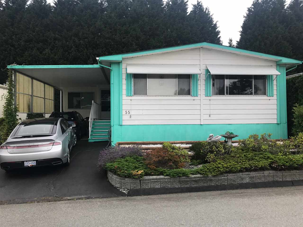 "Main Photo: 55 15875 20 Avenue in Surrey: King George Corridor Manufactured Home for sale in ""Sea Ridge Bays"" (South Surrey White Rock)  : MLS®# R2190854"