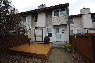 Main Photo: 17110 108 Street in Edmonton: Zone 27 Townhouse for sale : MLS® # E4076414
