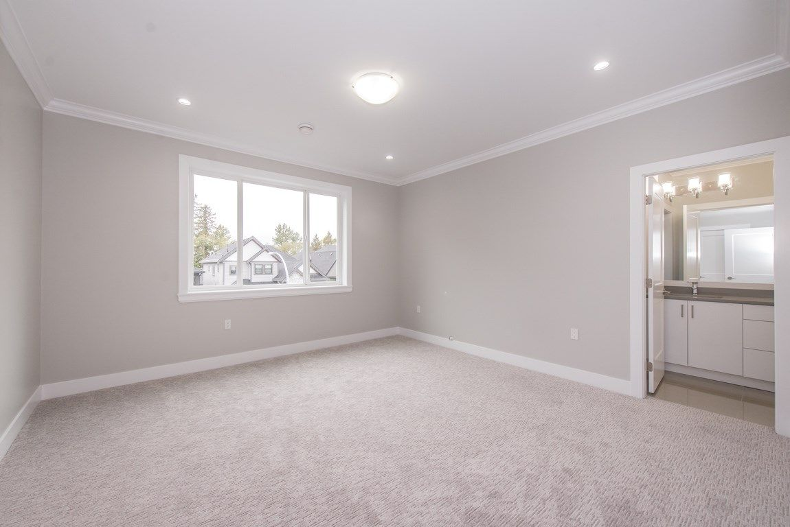 Photo 12: Photos: 7712 154A Street in Surrey: Fleetwood Tynehead House for sale : MLS® # R2214172