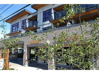 Main Photo: 306 5682 WHARF Avenue in Sechelt: Sechelt District Condo for sale (Sunshine Coast)  : MLS® # R2216502