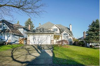 Main Photo: 15749 97A Avenue in Surrey: Guildford House for sale (North Surrey)  : MLS® # R2227130