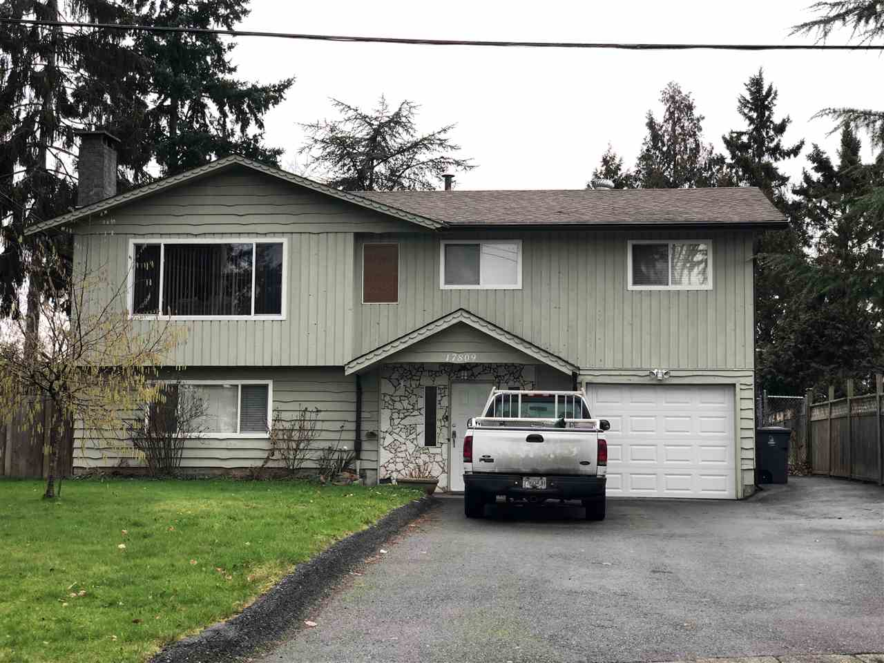 Main Photo: 17809 57A Avenue in Surrey: Cloverdale BC House for sale (Cloverdale)  : MLS®# R2235943