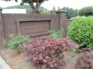 "Main Photo: 8 34942 MT BLANCHARD Drive in Abbotsford: Abbotsford East Townhouse for sale in ""Rose Garden"" : MLS® # R2236852"
