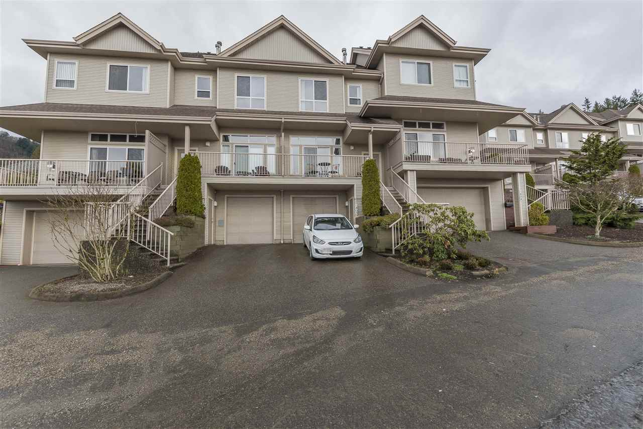 Main Photo: 1403 5260 GOLDSPRING Place in Sardis: Promontory Townhouse for sale : MLS® # R2237517
