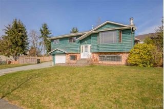 Main Photo: 15055 86 Avenue in Surrey: Bear Creek Green Timbers House for sale : MLS® # R2246468