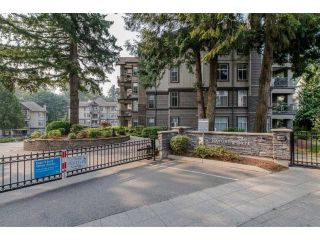 "Main Photo: 408 33318 E BOURQUIN Crescent in Abbotsford: Central Abbotsford Condo for sale in ""NATURES GATE"" : MLS®# R2261971"