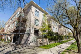 "Main Photo: 408 2161 W 12TH Avenue in Vancouver: Kitsilano Condo for sale in ""THE CARLINGS"" (Vancouver West)  : MLS®# R2264162"