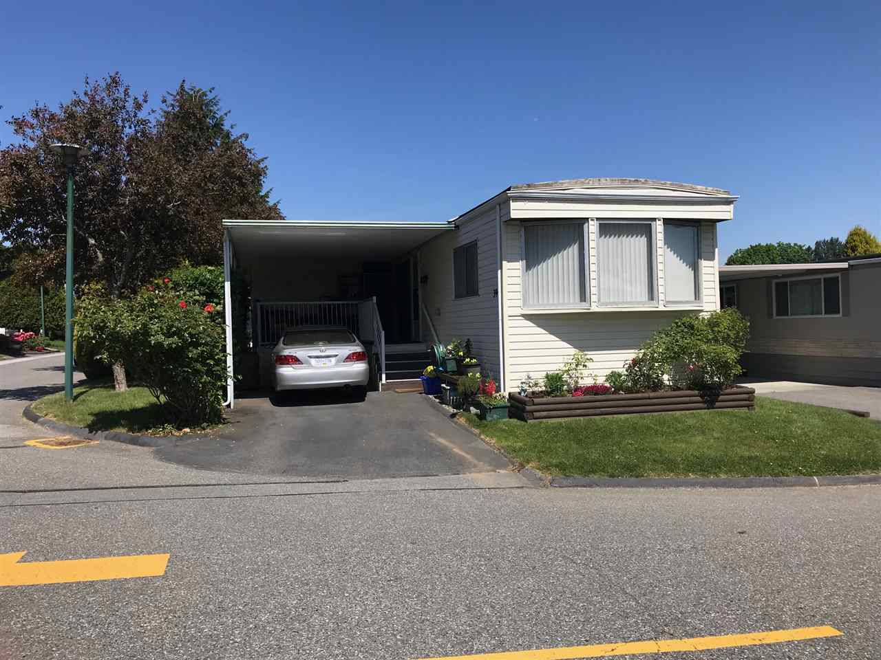 Main Photo: 39 1840 160 Street in Surrey: King George Corridor Manufactured Home for sale (South Surrey White Rock)  : MLS®# R2271131