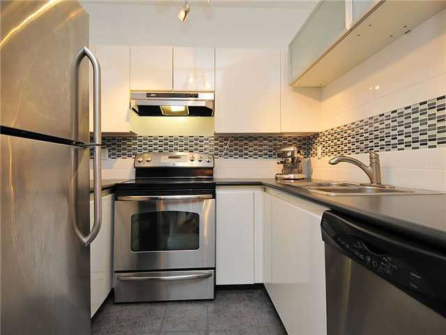 Photo 4: 102 3680 RAE Avenue in Vancouver: Collingwood VE Condo for sale (Vancouver East)  : MLS(r) # V882312