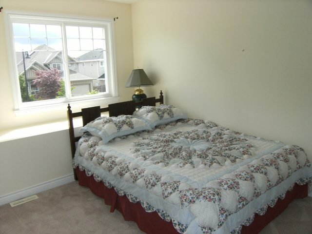"Photo 15: 6333 167A Street in Surrey: Cloverdale BC House for sale in ""CLOVER RIDGE"" (Cloverdale)  : MLS(r) # F1113809"