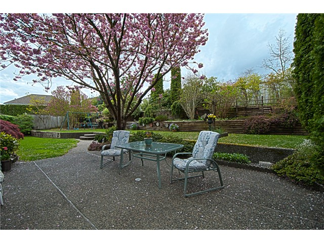Photo 9: 2284 RAMPART Place in Port Coquitlam: Citadel PQ House for sale : MLS® # V947618