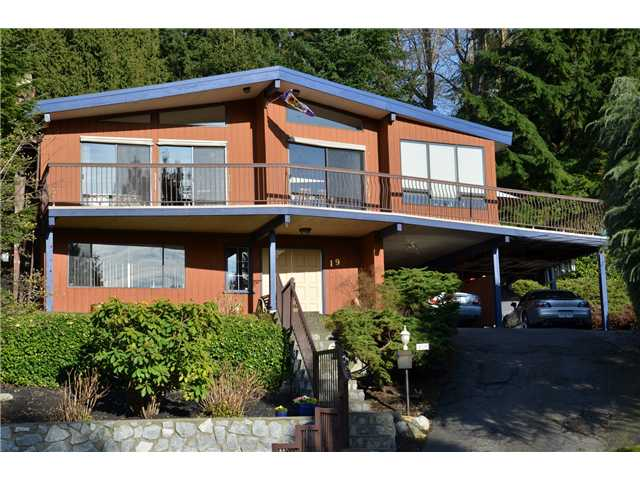Main Photo: 19 SYMMES BAY in Port Moody: Barber Street House for sale : MLS®# V998256