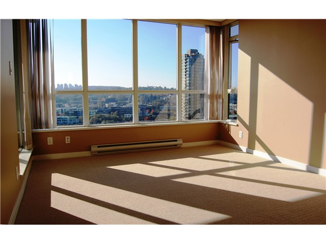 "Photo 11: # 1702 - 2138 Madison Avenue in Burnaby: Brentwood Park Condo for sale in ""MOSAIC"" (Burnaby North)  : MLS® # V1032156"