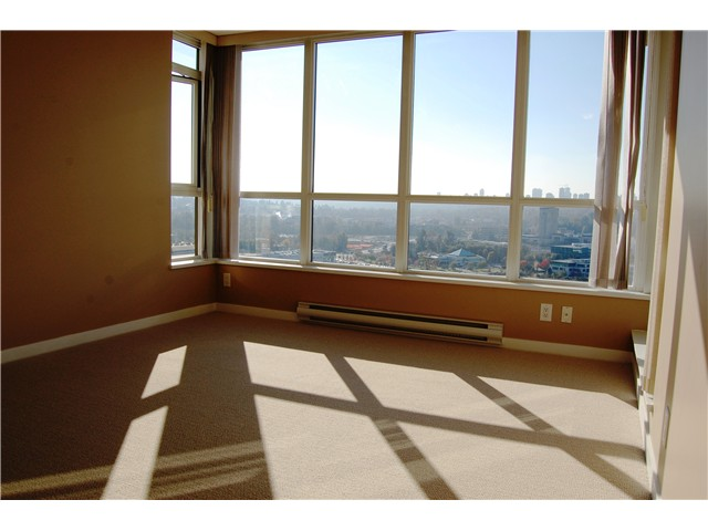 "Photo 13: # 1702 - 2138 Madison Avenue in Burnaby: Brentwood Park Condo for sale in ""MOSAIC"" (Burnaby North)  : MLS® # V1032156"