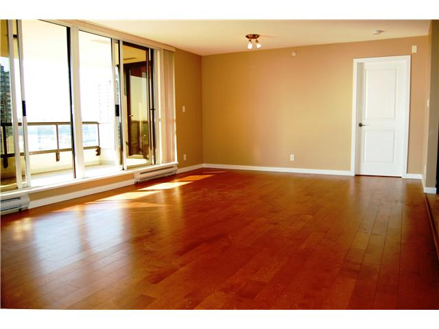 "Photo 4: # 1702 - 2138 Madison Avenue in Burnaby: Brentwood Park Condo for sale in ""MOSAIC"" (Burnaby North)  : MLS® # V1032156"