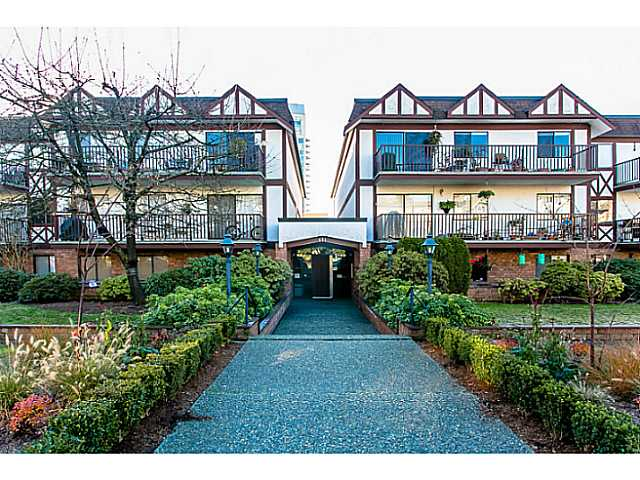 Main Photo: 303 131 W 4TH Street in North Vancouver: Lower Lonsdale Condo for sale : MLS(r) # V1038267