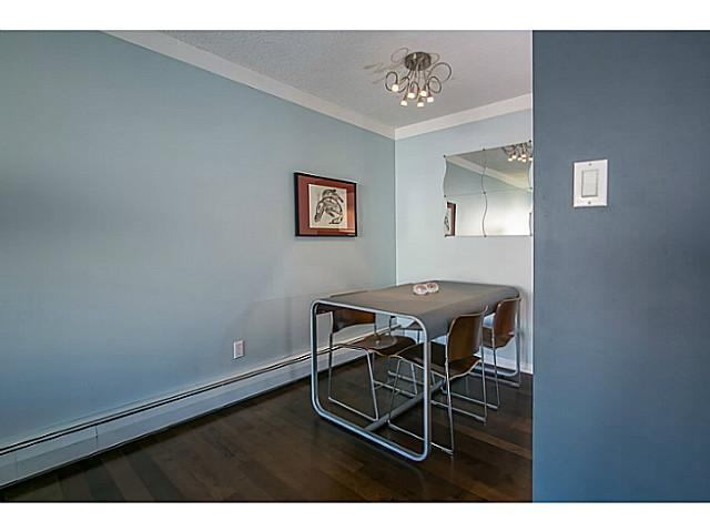 Photo 5: 303 131 W 4TH Street in North Vancouver: Lower Lonsdale Condo for sale : MLS(r) # V1038267