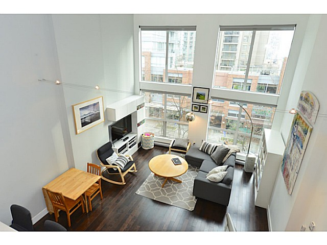 "Photo 9: 318 933 SEYMOUR Street in Vancouver: Downtown VW Condo for sale in ""THE SPOT"" (Vancouver West)  : MLS(r) # V1043442"