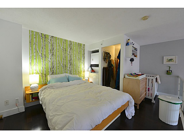 "Photo 10: 318 933 SEYMOUR Street in Vancouver: Downtown VW Condo for sale in ""THE SPOT"" (Vancouver West)  : MLS(r) # V1043442"