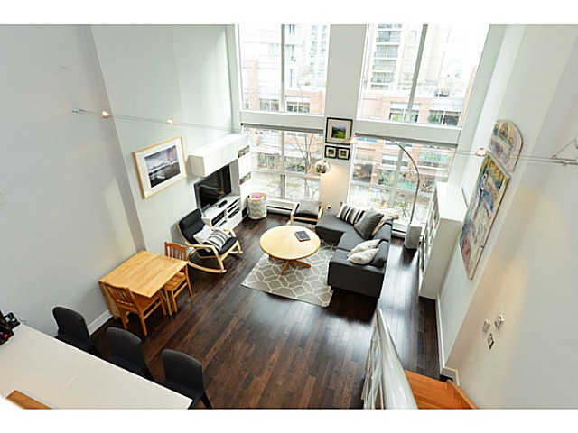 "Photo 8: 318 933 SEYMOUR Street in Vancouver: Downtown VW Condo for sale in ""THE SPOT"" (Vancouver West)  : MLS(r) # V1043442"